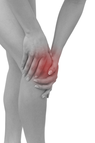 poor sleep causes knee pain
