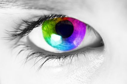 eye color pain sensitivity