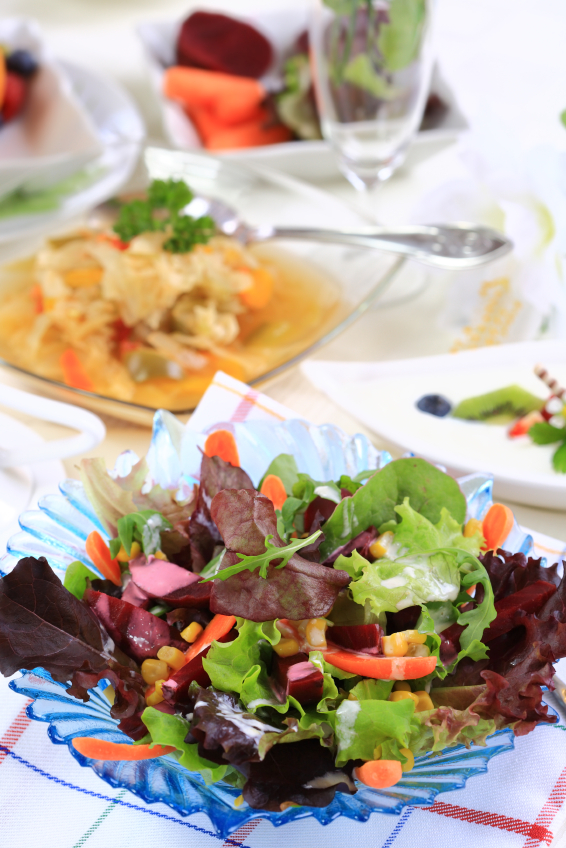 how to make salad feel full
